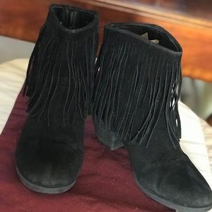 Forever 21 Shoes - Black suede boots